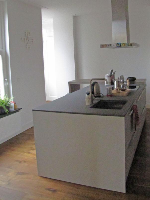 Keuken Kastenwand Met Nis : Het kookeiland, in combinatie met voldoende kastruimte een echte eye