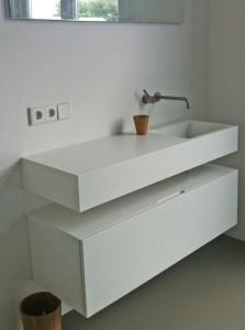 Meubel zolderbadkamer